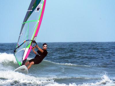Hiroshi Andrews Windsurfing Cruising Small